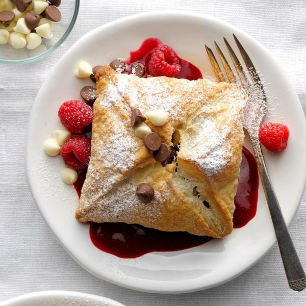 feuilleté apéro gâteau aux framboises et au chocolat