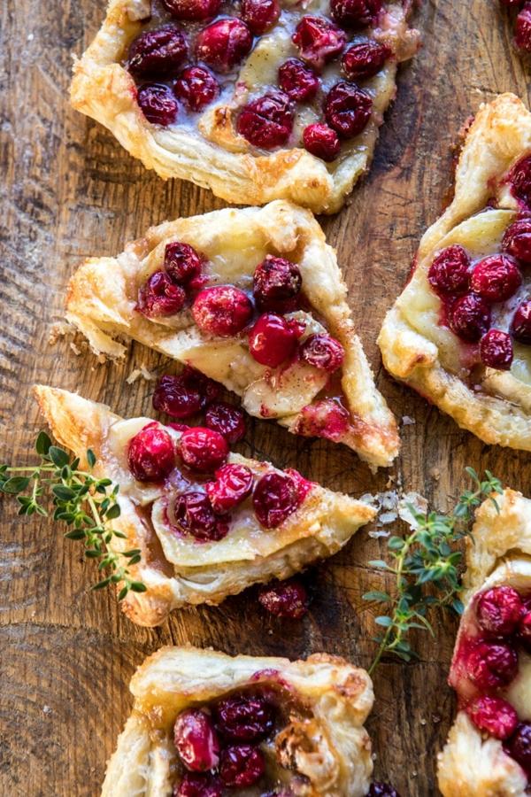 feuilleté apéro tarte pâtissière au brie et aux canneberges