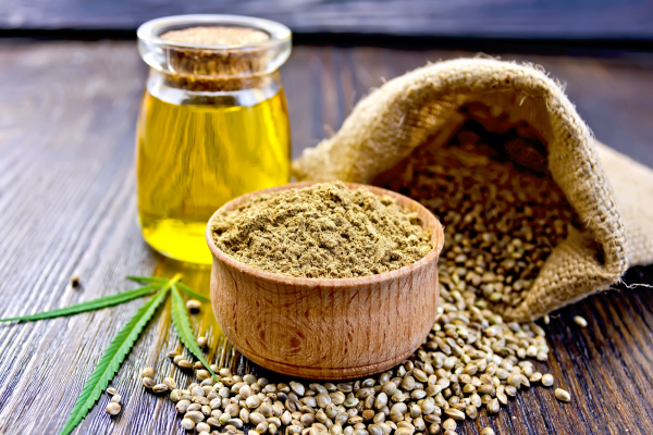 huile de graines de chanvre poudre et graines