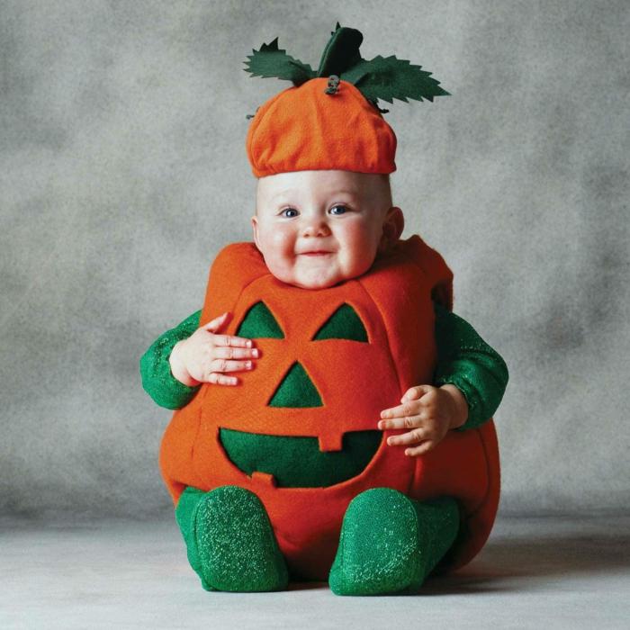 joli déguisement halloween bébé citrouille