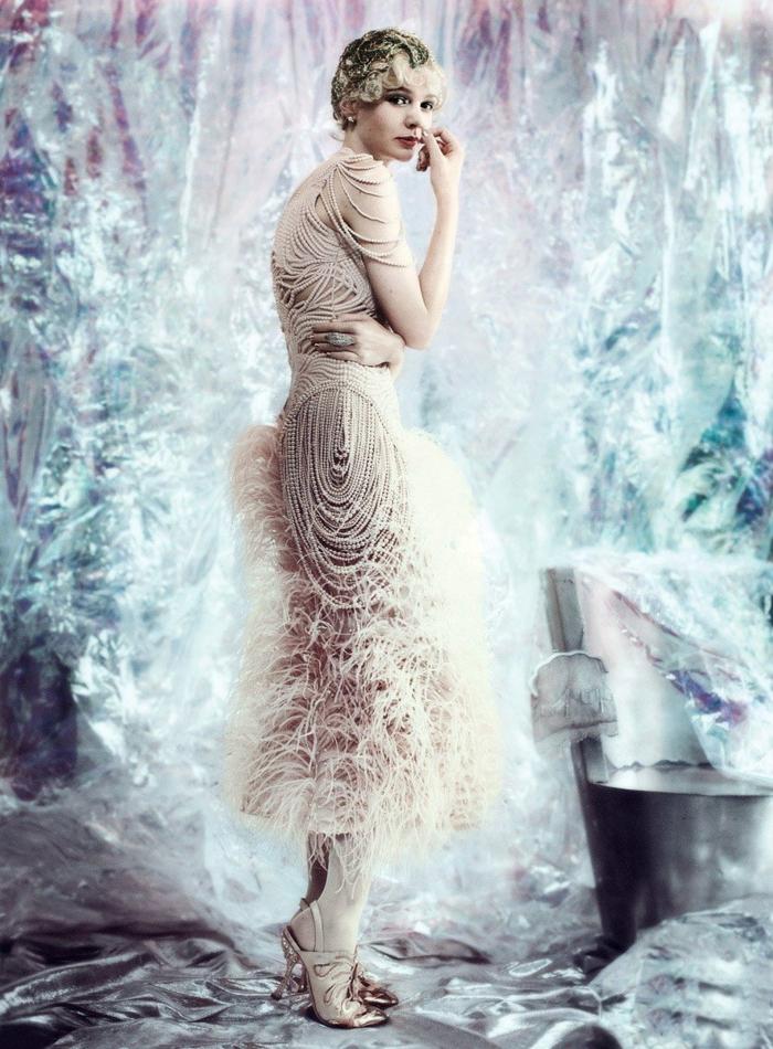 robe aux plumes déguisement années 20