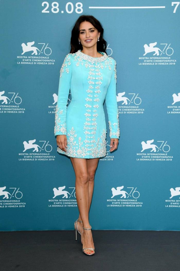 robe en bleu festival de venise 2019 mostra
