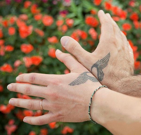 tatouage complémentaire ailes pour couple