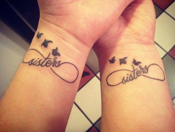 tatouage complémentaire pour soeurs symbole d'infini