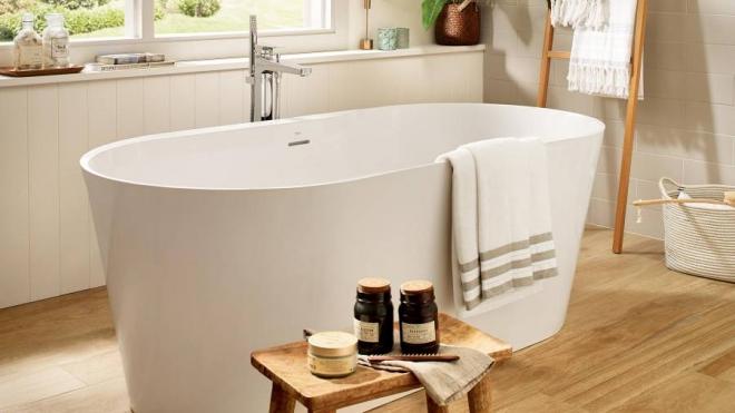 aménagement de salle de bain grande baignoire