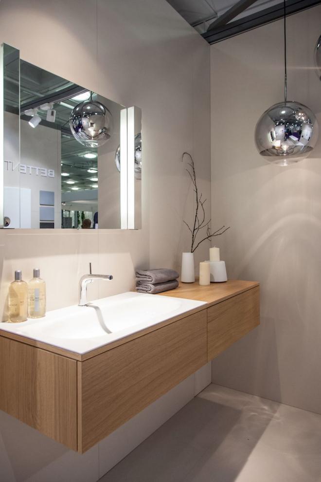aménagement de salle de bain luminaires latérales