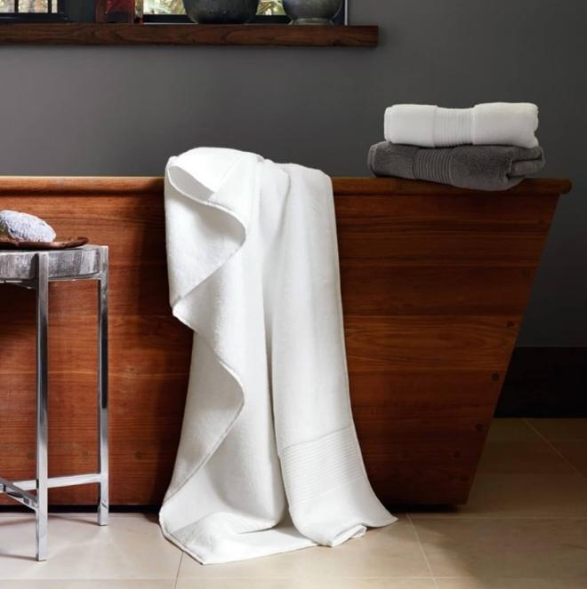 aménagement de salle de bain serviettes molles