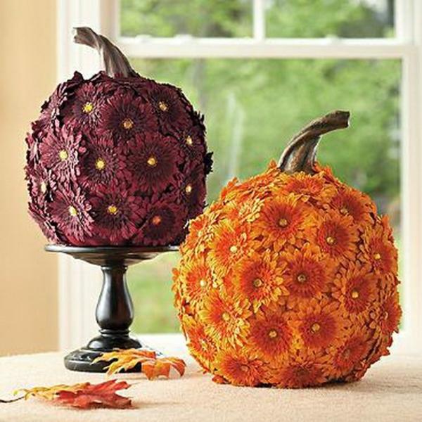 bricolage halloween avec citrouille et fleurs