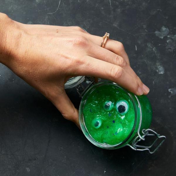 bricolage halloween diy slime vert