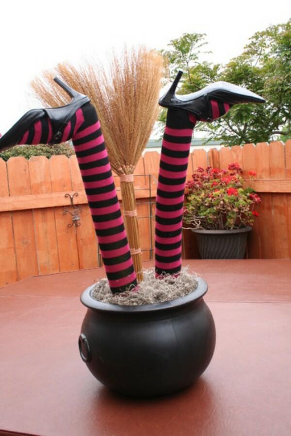 bricolage halloween jambes de sorcière