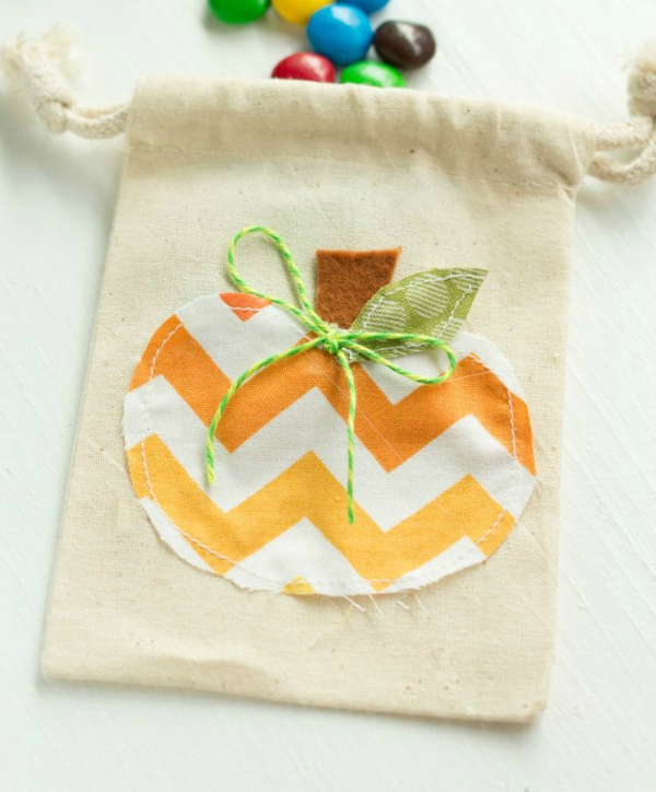 bricolage halloween sac en textile thématique
