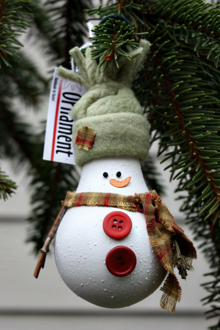bricolage noël amuser les enfants bonhomme de neige en chaussette