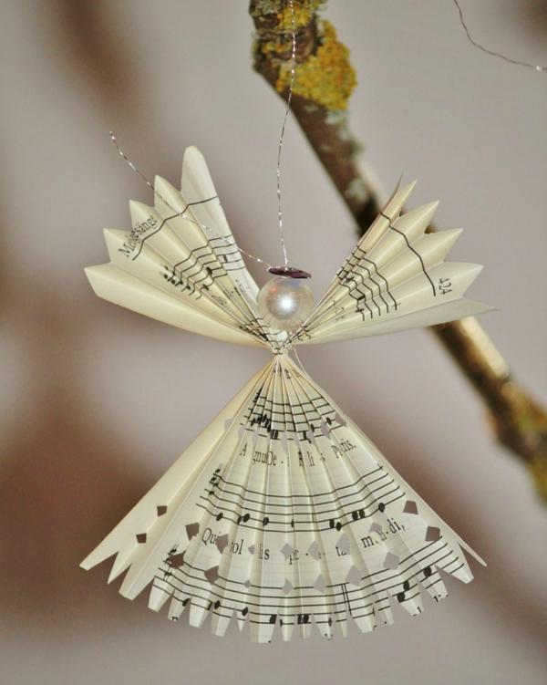 idée de décoration Noël diy ange fait de papier