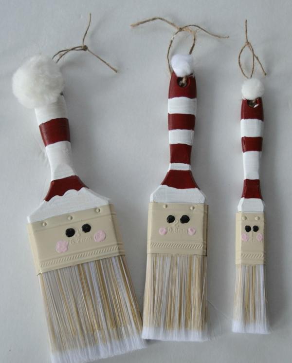 idée de décoration de Noël à fabriquer soi-même bonhommes de neige faits à partir de brosses de peinture