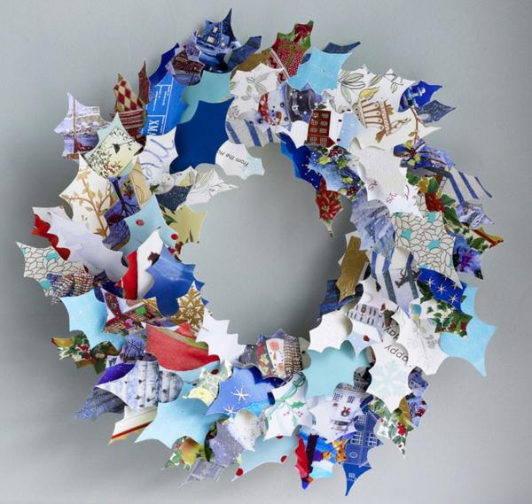 idée de décoration de Noël à fabriquer soi-même couronne faite de papier coloré