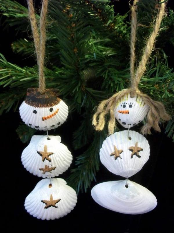 idée décoration Noël à fabriquer soi-même ornements de sapin coquillage