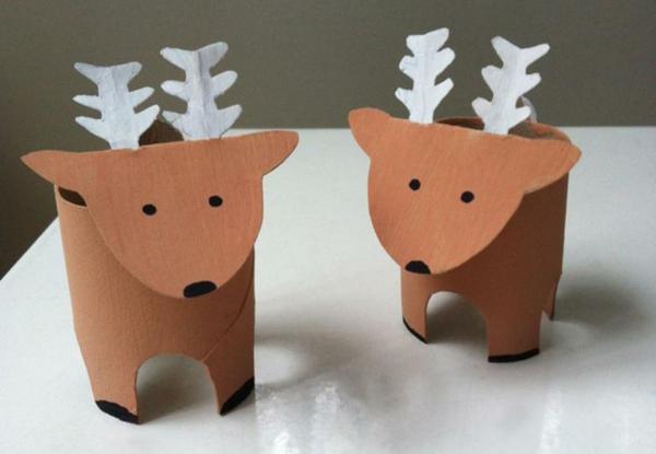 idée déco Noël à fabriquer soi-même rennes en carton