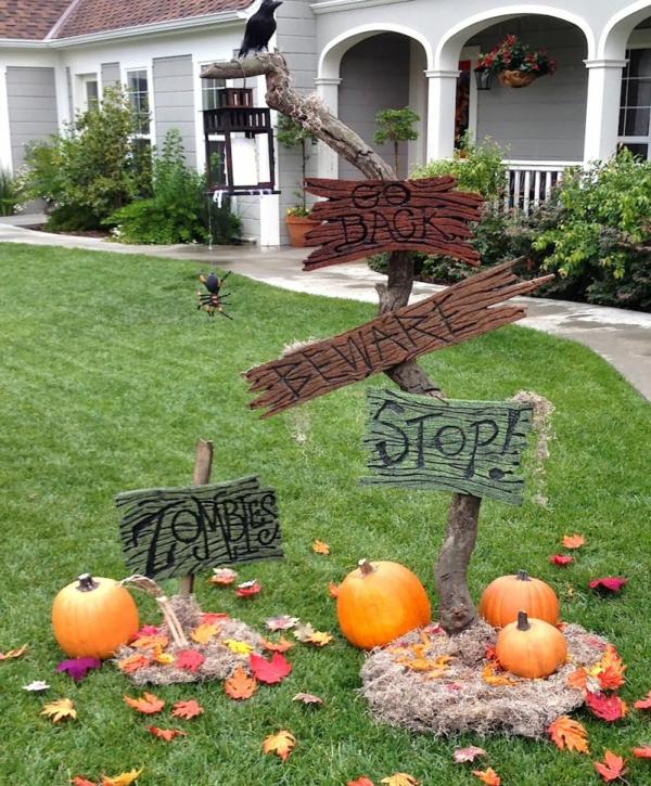 idée de décoration halloween extérieur fait maison messages d'avertissement en bois