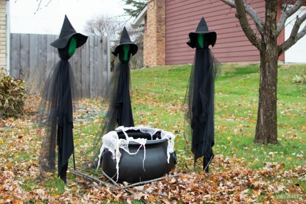 idée de déco extérieure pour halloween sorcières et leur chaudron