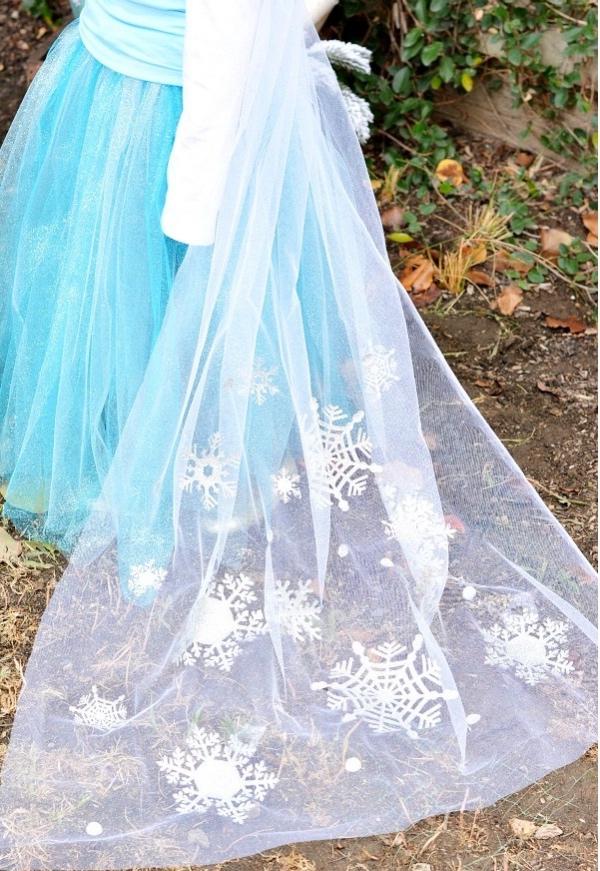 déguisement Elsa cape traînante