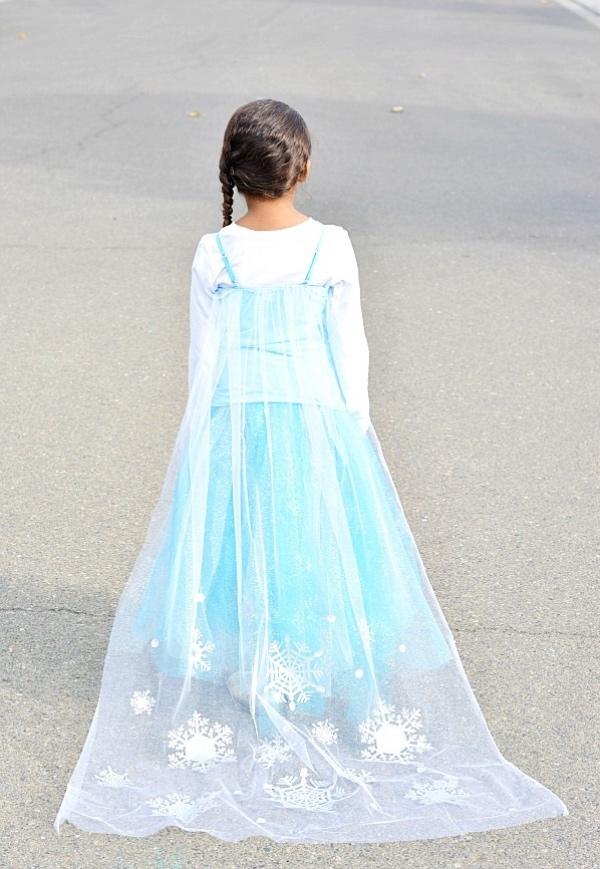 déguisement Elsa la cape d'Elsa