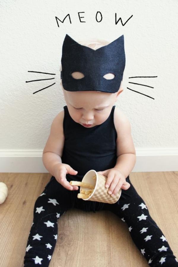 déguisement chat un petit chat noir