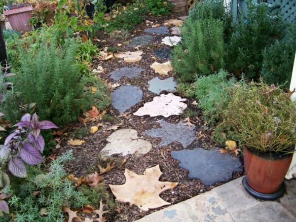 diy dalles de cheminement feuilles en béton