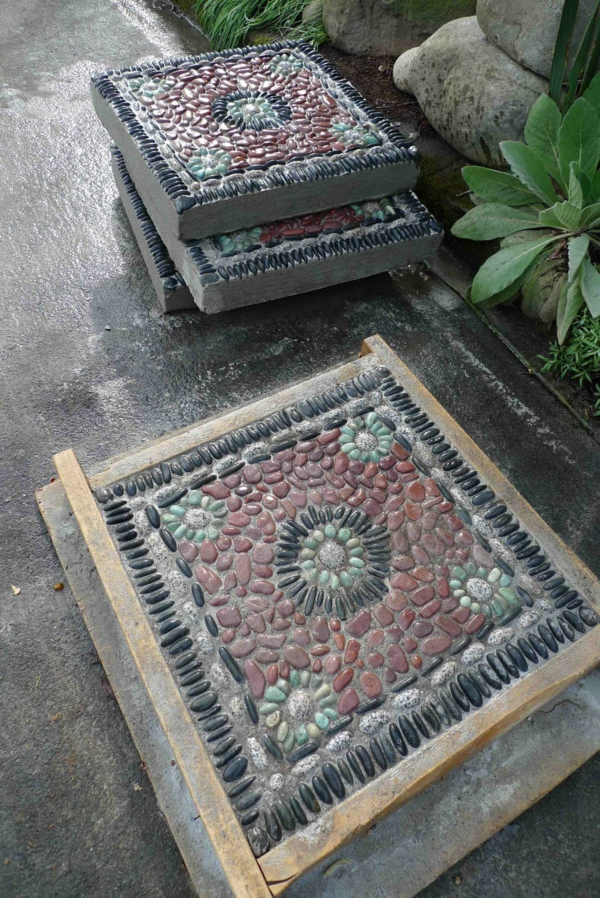 diy dalles de cheminement mosaïque en pierres