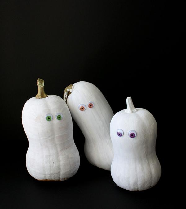 fabriquer un fantôme pour halloween de citrouille