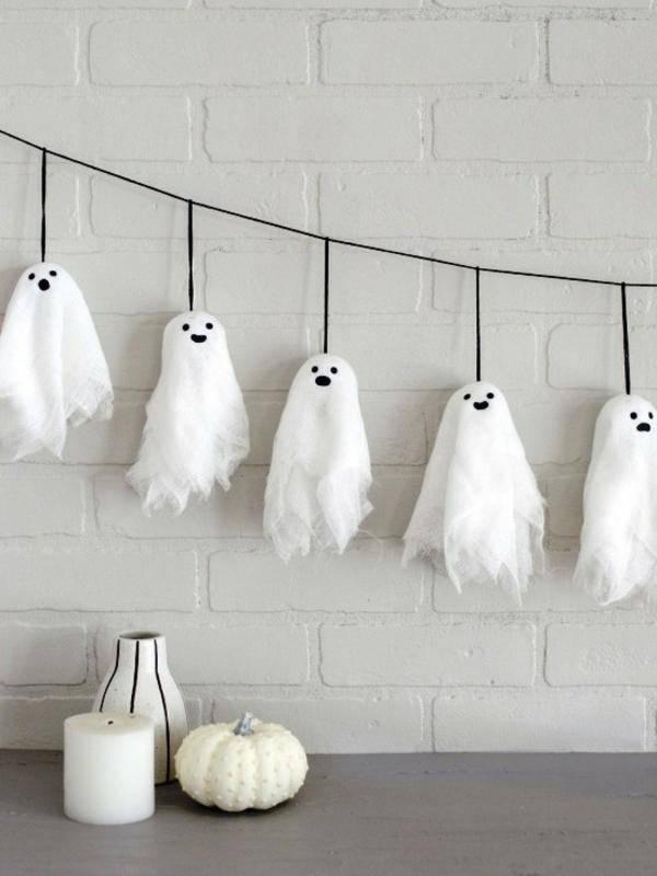 fabriquer un fantôme pour halloween diy guirlande