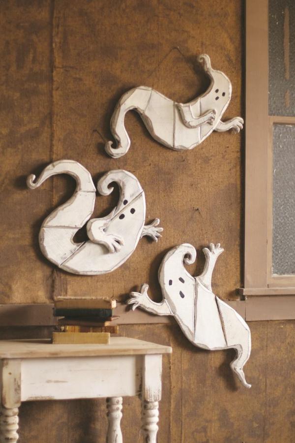 fabriquer un fantôme pour halloween en bois