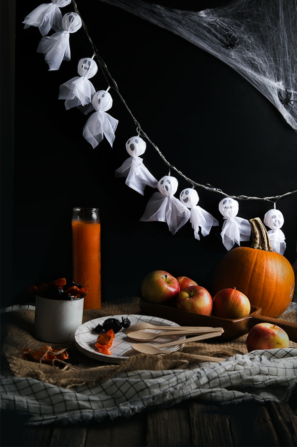 fabriquer un fantôme pour halloween en tulle