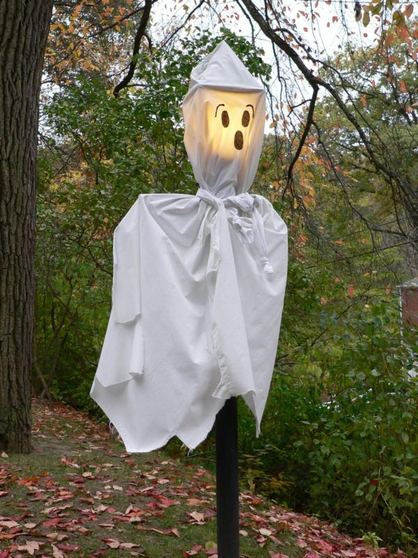 fabriquer un fantôme pour halloween lampe d'extérieur draps