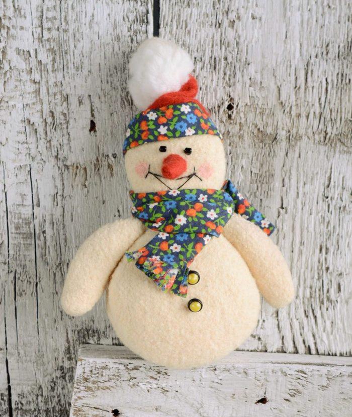 feutrine bonhomme de neige en chaussette