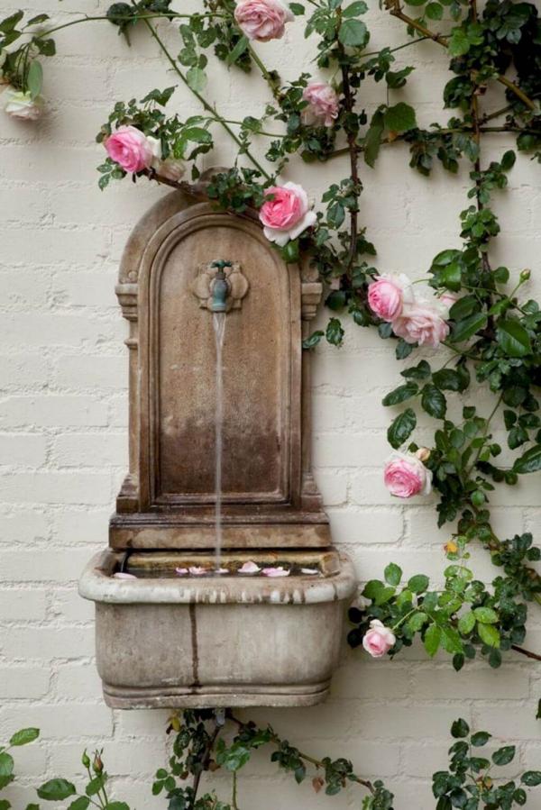 fontaine extérieure de jardin vieille fontaine