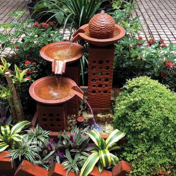 fontaine extérieure de jardin en céramique