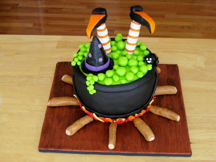 gâteau halloween déco amusante et rigolo