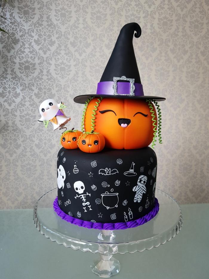 gâteau halloween deux étages déco amusante