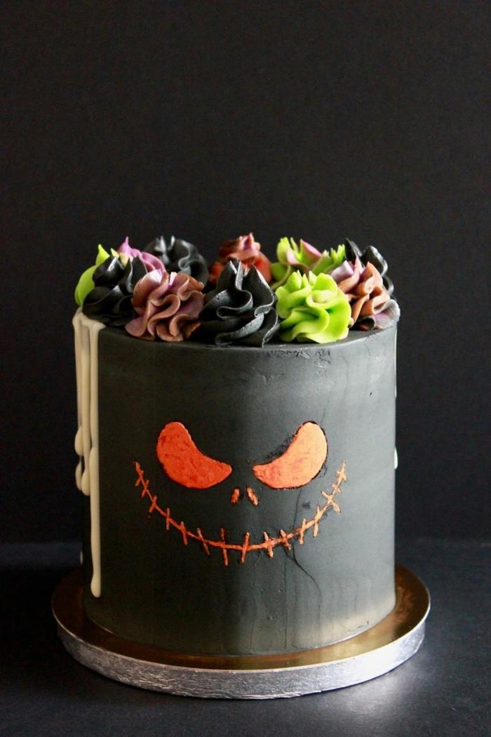 gâteau halloween noir idée comment décorer