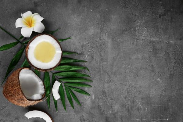 huile noix de coco peut humidifier la peau