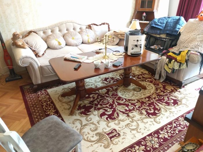idée de salon un tapis marocain