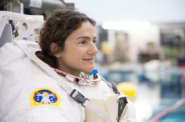 jessica meir astronaute nasa sortie dans l'espace féminine
