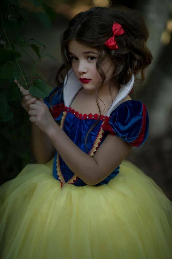 maquillage halloween enfant blanche-neige