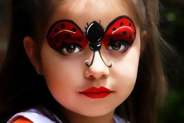 maquillage halloween enfant fille coccinelle