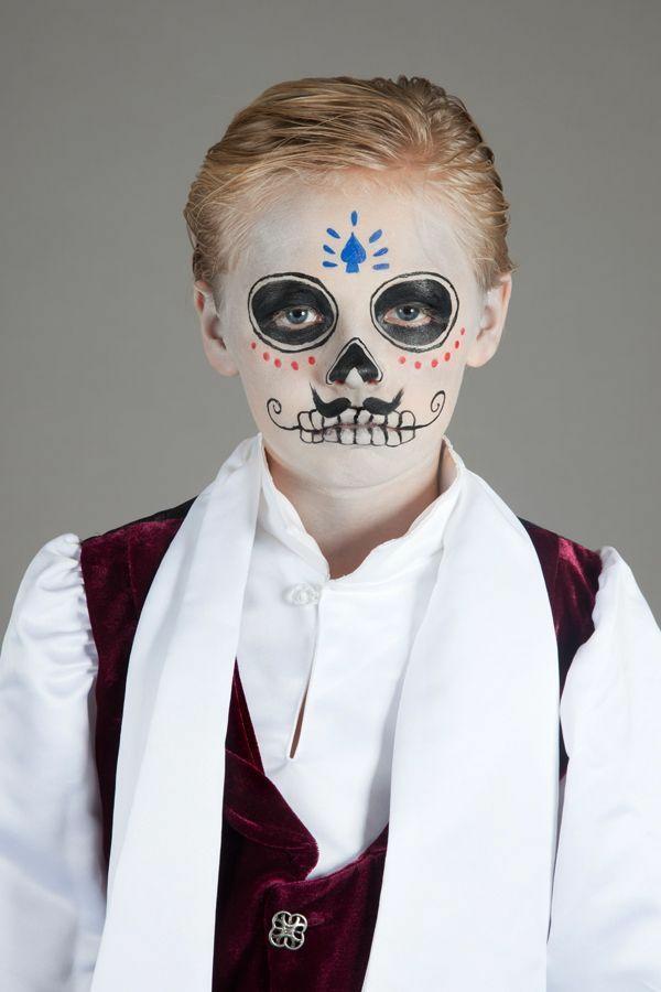 maquillage halloween enfant garçon crâne mexicain