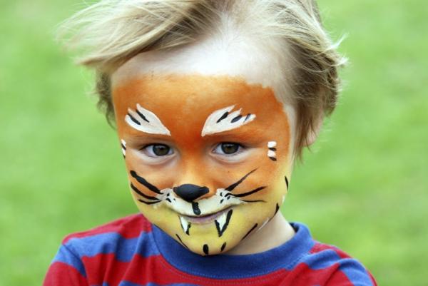 maquillage halloween enfant garçon lion