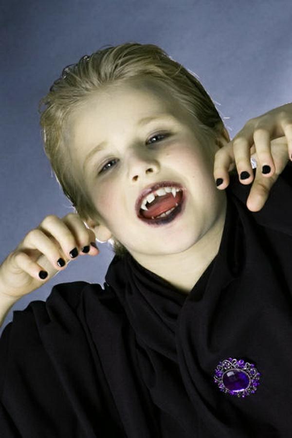 maquillage halloween enfant garçon vampire