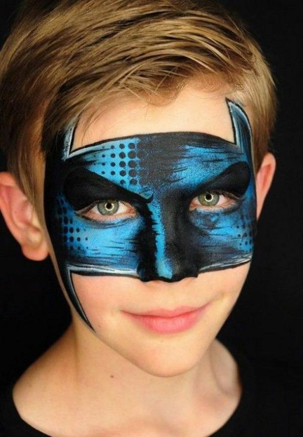 maquillage halloween enfant super héros