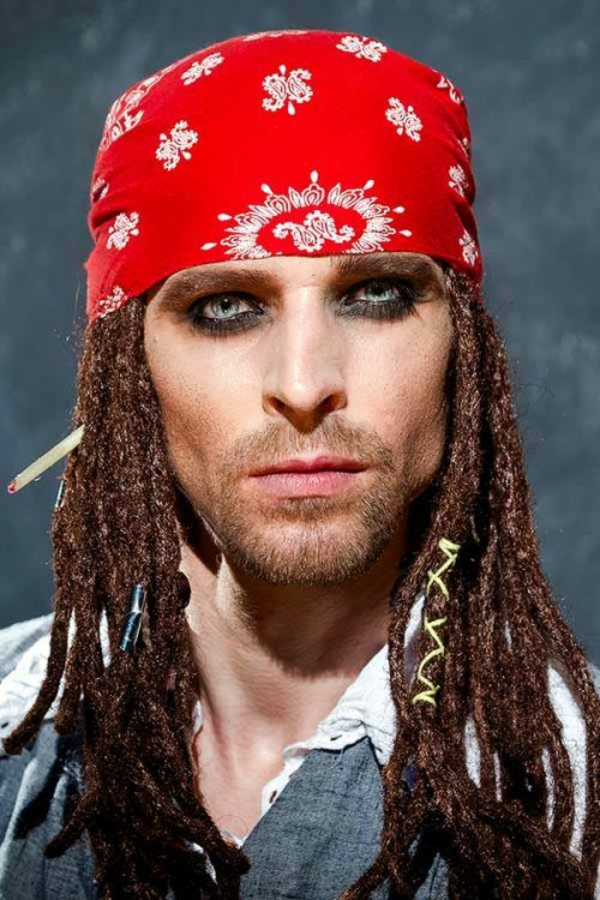 maquillage halloween homme jack sparrow