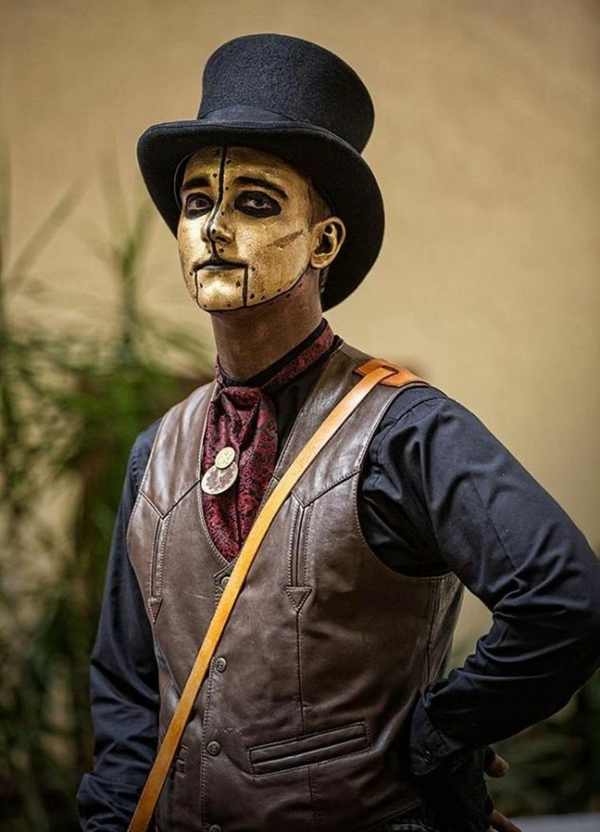 maquillage halloween homme masque d'or